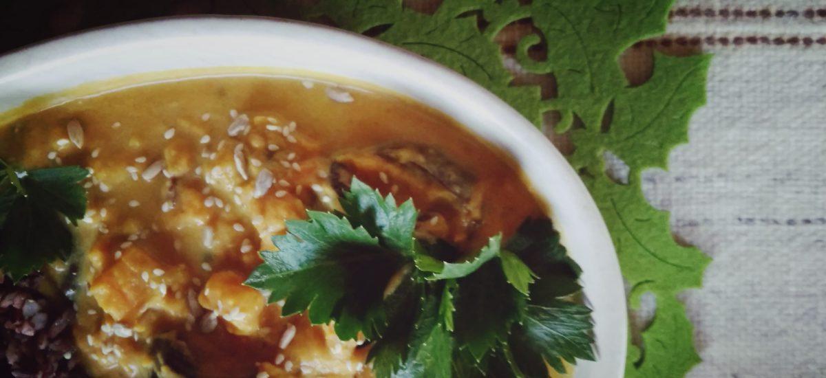Curry ze słodkich ziemniaków (batatów), dwie wersje
